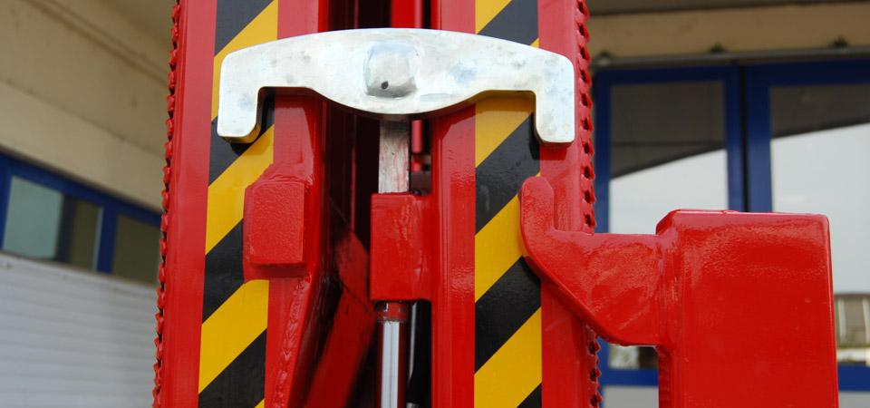 Sicura idraulica per rampe di carico posteriore