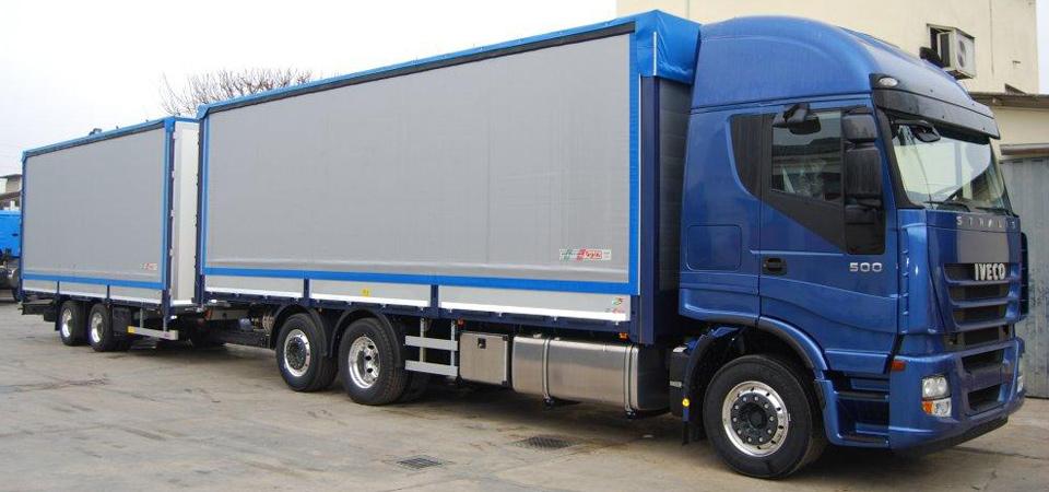 Camion per trasporto carichi voluminosi