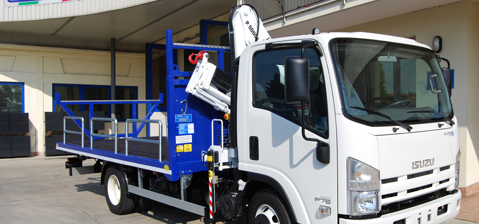 Allestimento camion per trasporto ferro