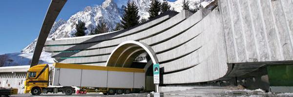 Monte Bianco: acceso vietato ai camion Euro 2