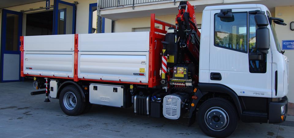 allestimento IVECO 75E18 cassone con sponde in alluminio rinforzato - Officine BPM
