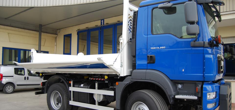 Allestimento per costruzioni e movimentazione aggregati