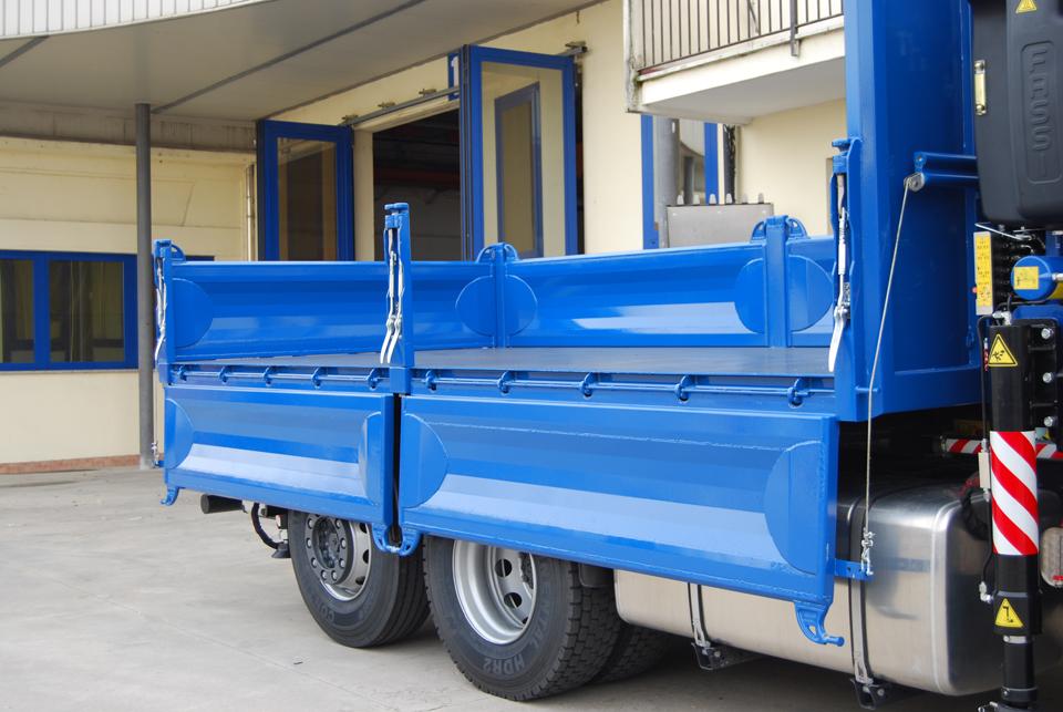 molle compensatrici indipendenti per sponde cassone camion