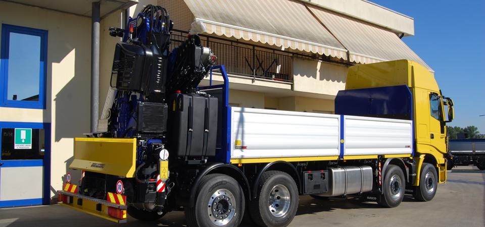 Allestimento camion con falso telaio integrale