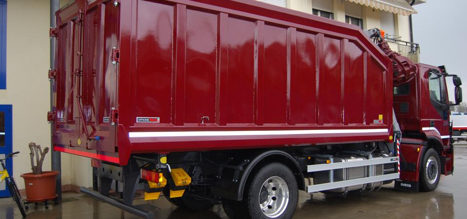 Allestimento camion con polipo rottame Euromec