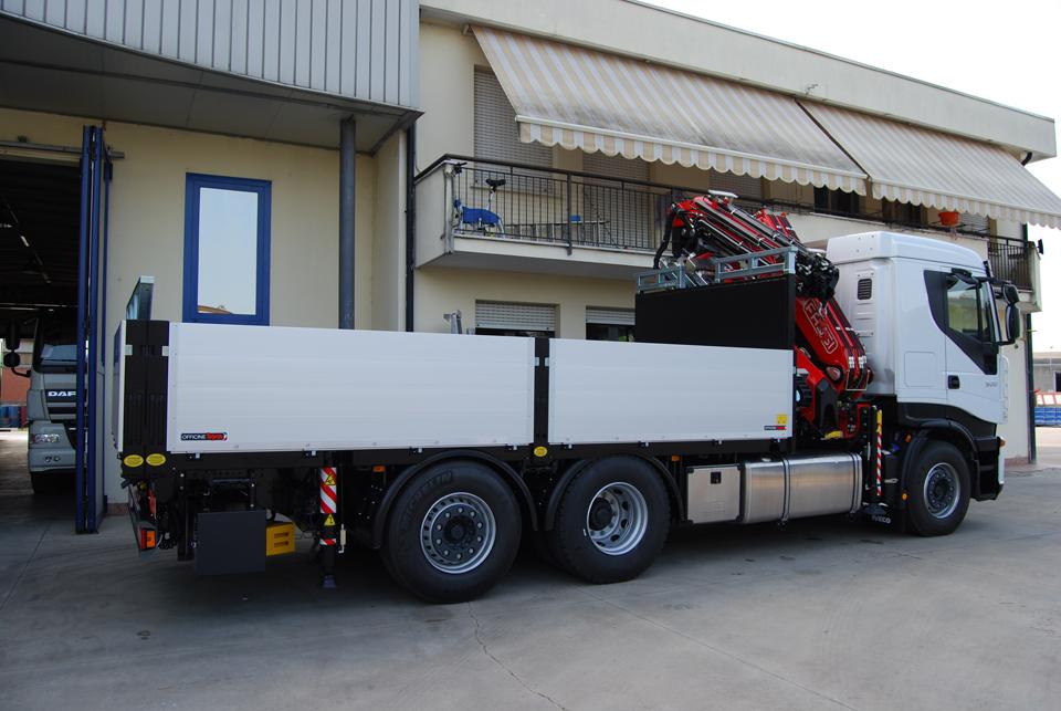 Allestimento IVECO Stralis trento trasporto merci strada