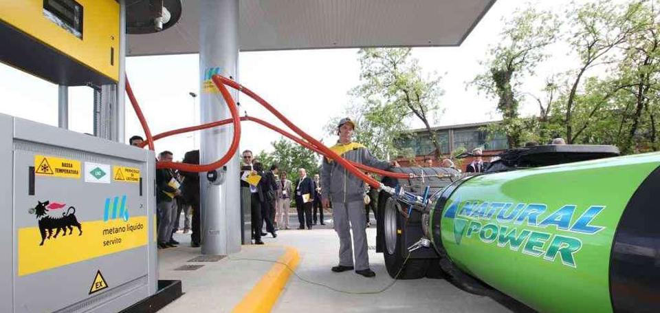Ecco su strada i Primi Iveco Stralis alimentati a gas naturale liquefatto