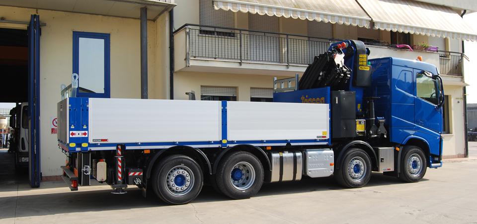 Allestimento per trasporti speciali di grandi carichi