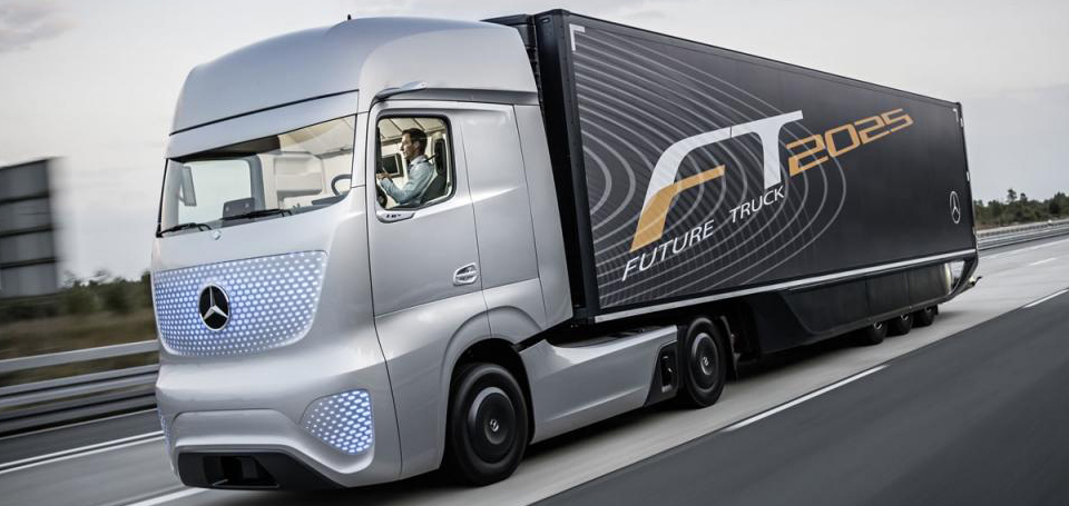 Mercedes reinventa il modo di vivere l'automezzo.