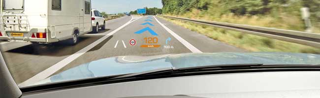 Head-up display per autocarri: allestimenti speciali per la sicurezza alla guida