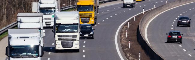 Trasporti eccezionali in autostrada: effettua la manutenzione degli allestimenti per autocarri