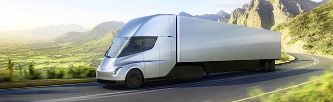 Camion elettrico, presentato il Semi Truck di Tesla. 800 chilometri di autonomia