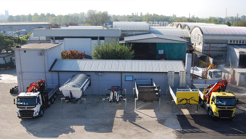 Allestimento di camion per edilizia: scopri la nostra soluzione personalizzata.