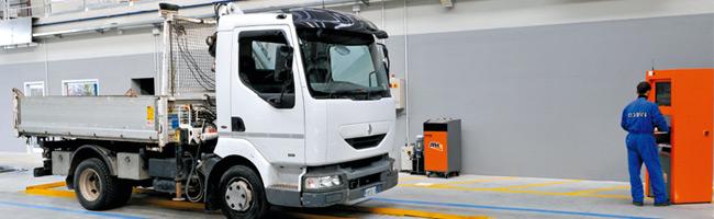 Revisione di autocarri, tir e veicoli commerciali: le nuove disposizioni prorogate al 3 maggio