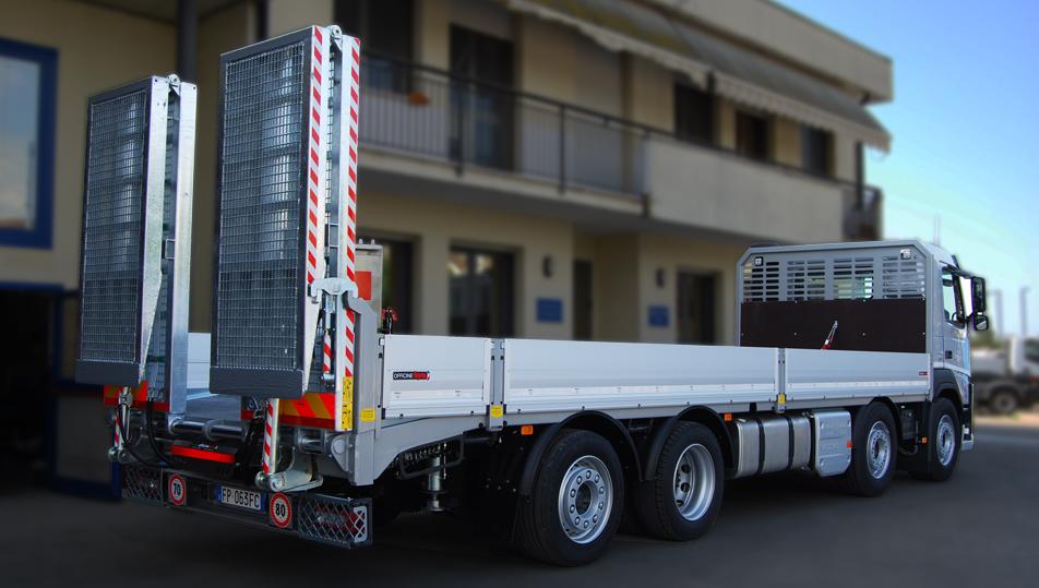 Cerchi uno specialista in allestimenti camion con carrellone? Scegli Officine BPM.