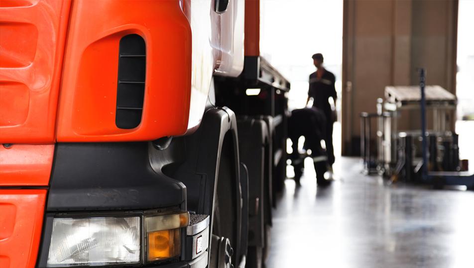 Realizzazione strutture per autocarri: il nostro servizio per ogni tua esigenza.
