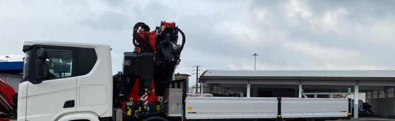 Allestimento di un camion per un'azienda di trasporti e logistica: una realizzazione di Officine BPM