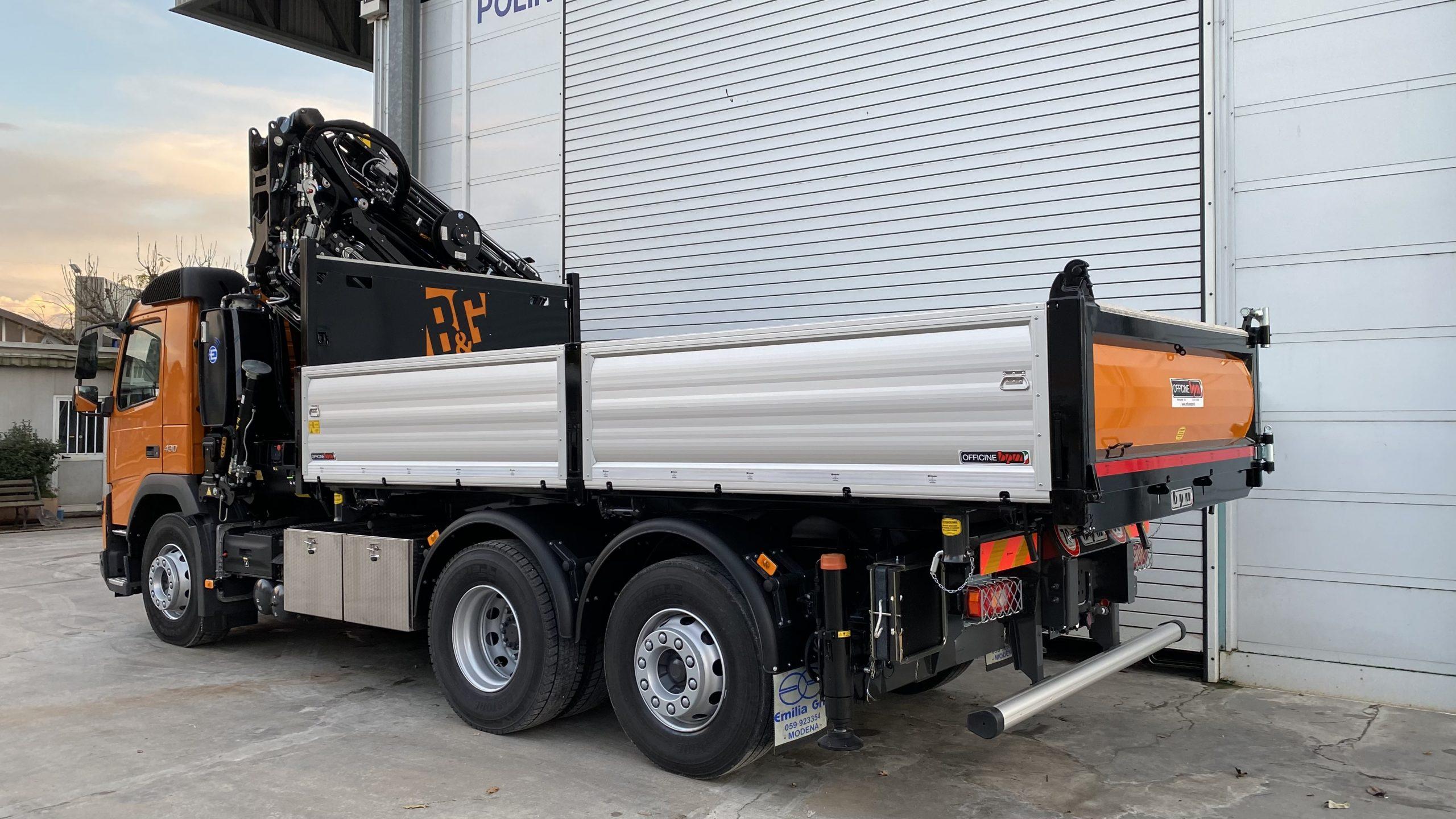 allestimento camion impresa edile